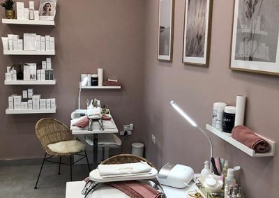 Beauty Within Salon, Brandesburton nail station